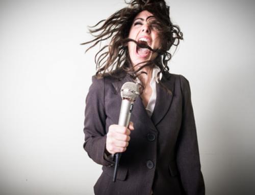 6 Conseils pour ne plus forcer votre voix en répète !